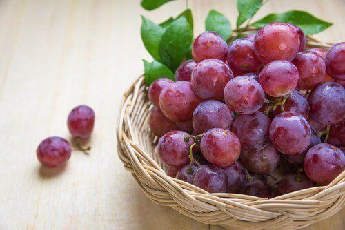 10 φρούτα κατά της γήρανσης. Μάθετε περισσότερα!