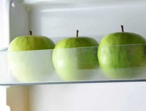 μήλα, για να διατηρήσετε τα τρόφιμα φρέσκα