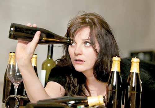 σημάδια που φανερώνουν εξάρτηση από το αλκοόλ