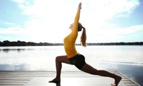 6 εξαιρετικές στάσεις της γιόγκα για χάσιμο βάρους