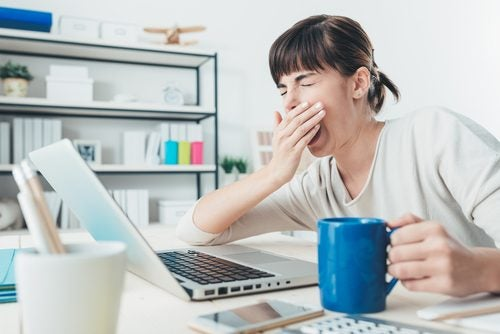 Συμπτώματα που δε θα πρέπει να αγνοούν οι γυναίκες, χρόνια κόπωση