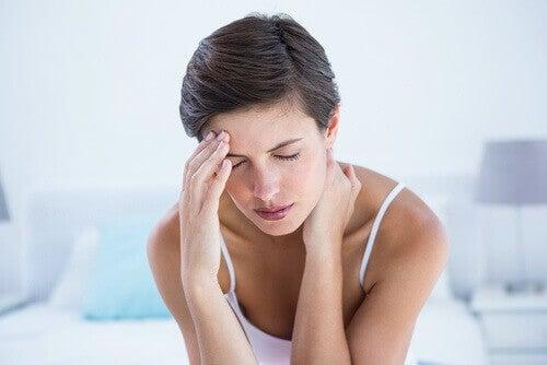 Συμπτώματα που δε θα πρέπει να αγνοούν οι γυναίκες, ημικρανίες