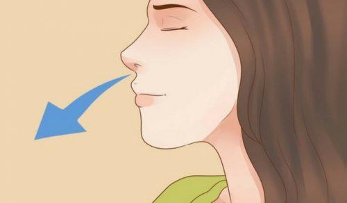 Ανακαλύψτε 4 τεχνικές αναπνοής για να καταπολεμήσετε το άγχος