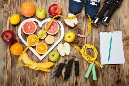 10 συμβουλές για να κάψετε περισσότερες θερμίδες χωρίς άσκηση