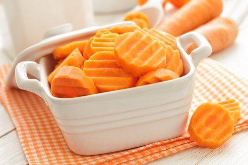 θεραπείες κατά της κολίτιδας με καρότα