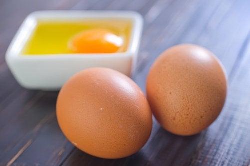 μάσκα προσώπου, αυγά και μέλι  για καθαρό δέρμα