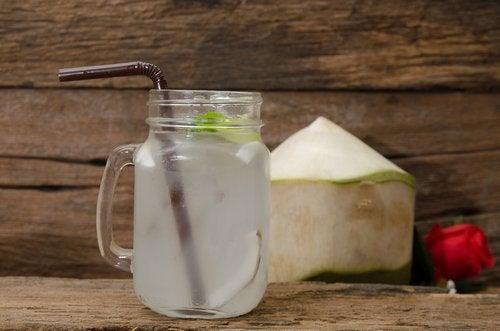 νερό καρύδας ελέγξετε την υπέρταση