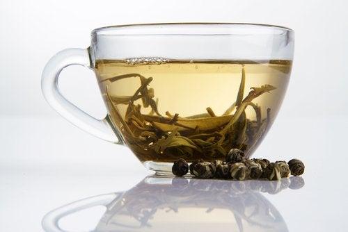 Πόση τσαγιού - Φλιτζάνι με πράσινο τσάι