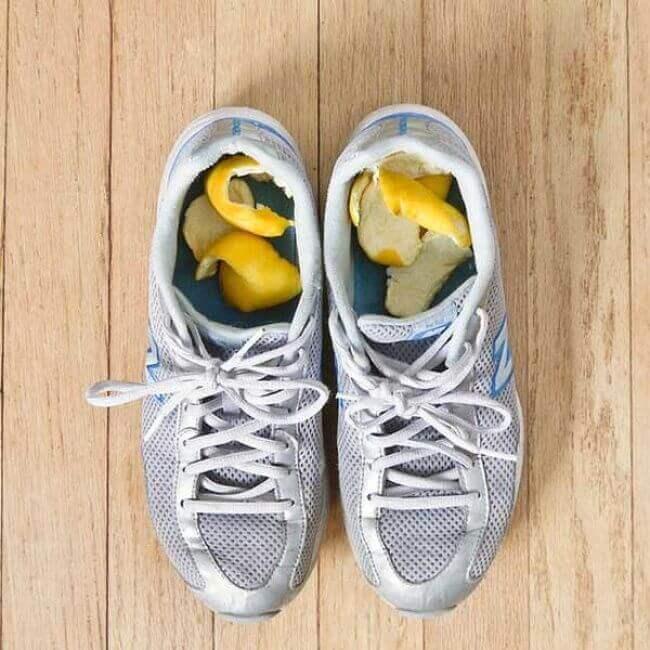 αθλητικά παπούτσια, κακοσμία των παπουτσιών με λεμόνι