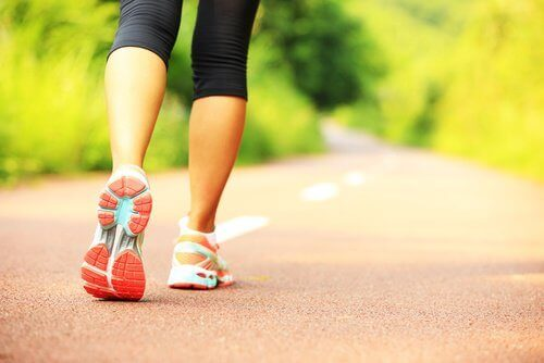 γυναίκα έτοιμη για τρέξιμο