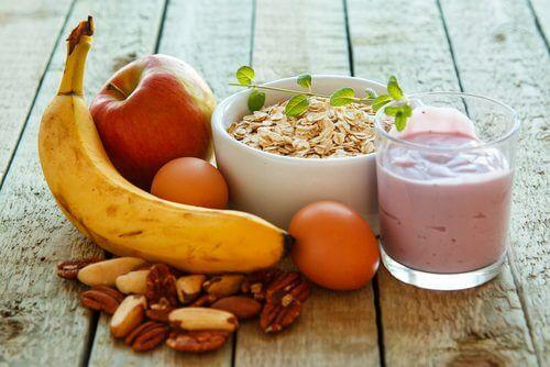 θρεπτικό πρωινό για την πρωινή κόπωση