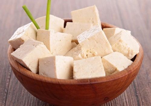 χορτοφαγία, γάλα σόγιας- μείωση του πόνου στα γόνατα