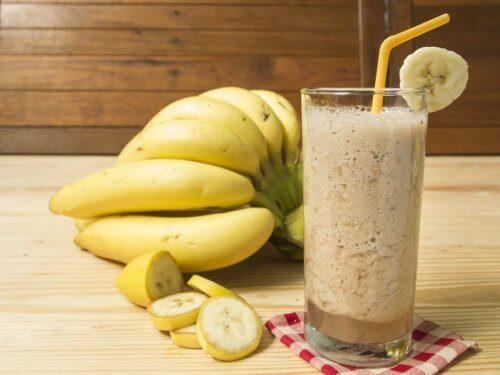 Τροφές που θα σας βοηθήσουν να ελέγξετε τις λιγούρες, μπανάνες