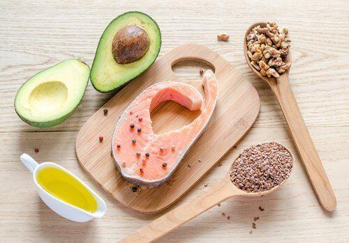 χτίσετε μυς Υγιεινές τροφές για να κάψετε το λίπος