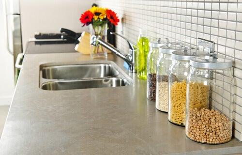 ιδέες διακόσμησης για μικρές κουζίνες