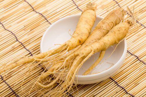 5 φαρμακευτικά βότανα για να καταπολεμήσετε την κατάθλιψη, τζίνσενγκ