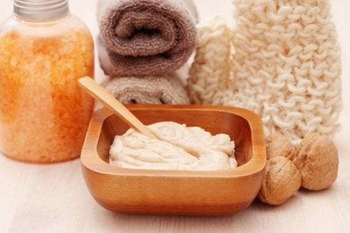 Πως θα φροντίσετε το δέρμα σας στην εμμηνόπαυση