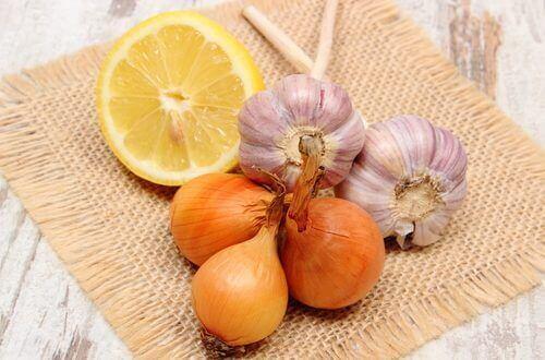 θεραπείες για την αλωπεκία με σκόρδο