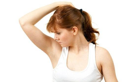 κακές οσμές, μασχάλες, χρήσεις του υπεροξειδίου του υδρογόνου