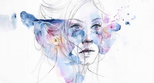 γυναικείο πρόσωπο σε μοβ φόντο