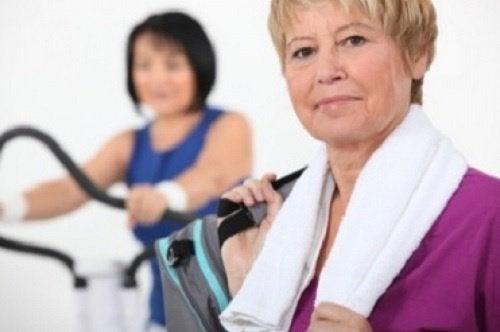 άσκηση για να διαχειριστείτε την εμμηνόπαυση