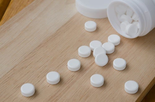Τέσσερις εκπληκτικές χρήσεις για την ασπιρίνη που μάλλον δεν έχετε ξανακούσει, αφαίρεση λεκέδων ιδρώτα