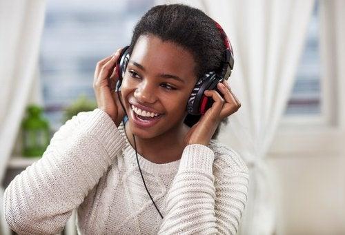 πώς να βελτιώσετε τη μνήμη σας με μουσικη