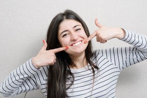 περισσότερα φιστίκια - δυνατά δόντια