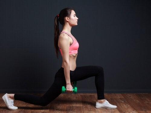 5 εύκολες ασκήσεις για να τονώσετε τους γλουτούς σας στο σπίτι, προβολές