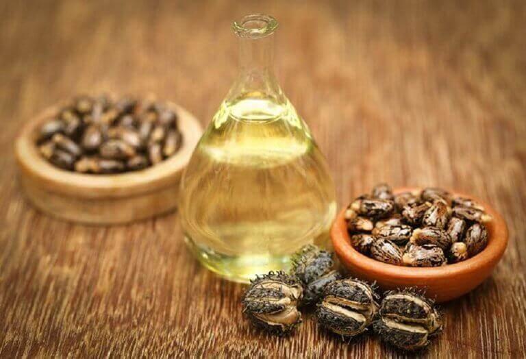 5 φυσικές θεραπείες για την αραίωση των μαλλιών, καστορέλαιο και μέλι