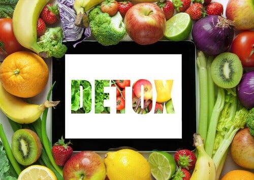 φρούτα και λαχανικά για αποτοξίνωση