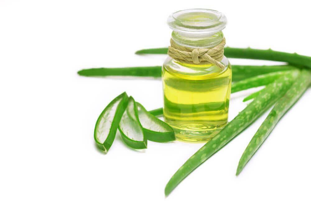 Φυσικό ντεμακιγιάζ - Φύλλα αλόης και λάδι