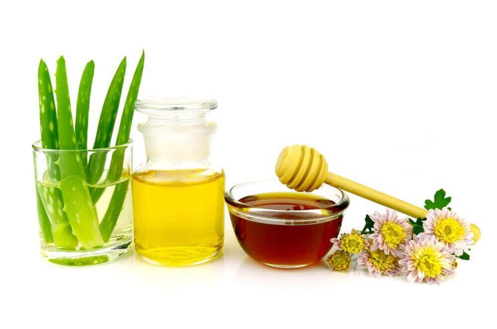 Φυσικό ντεμακιγιάζ - Αλόη, λάδι και μέλι