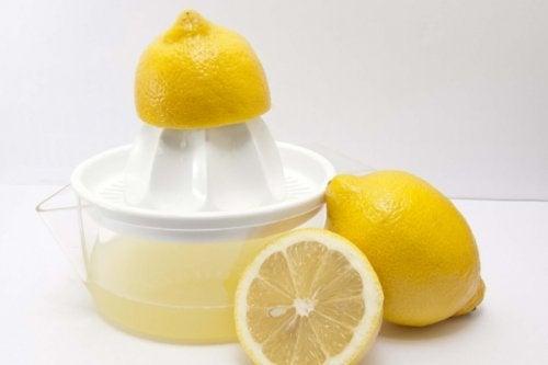 χυμό λεμονιού
