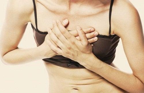 Σημάδια καρδιακών νόσων και πόνος στο στήθος