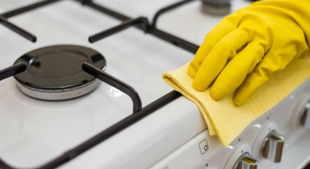 καθάρισμα κουζίνας