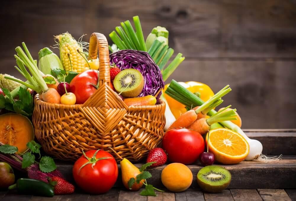 Φρούτα και λαχανικά για να αντιμετωπίσετε τη δυσανεξία στη γλουτένη
