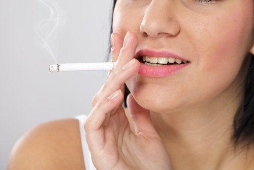 Μύθοι για το κάπνισμα, δεν είναι βλαβερό αν είσαι υγιής