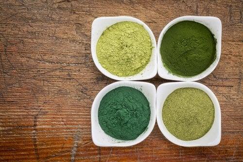 σπιρουλίνα σε διάφορα χρώματα, καταναλώνετε σπιρουλίνα