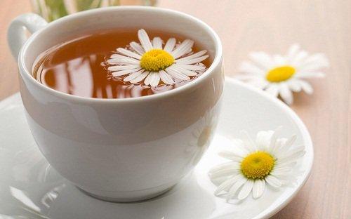 Θεραπεία με χαμομήλι και μαϊντανό για την αμηνόρροια ή την έλλειψη εμμήνου ρύσεως, χαμομήλι