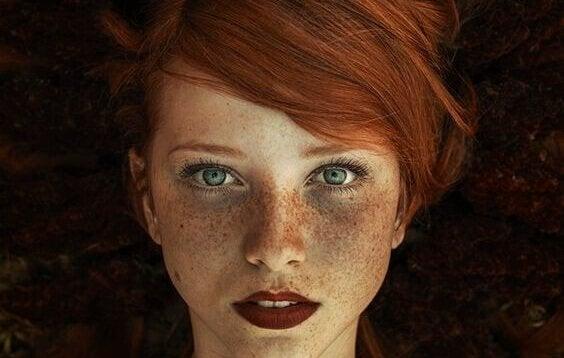 Χαρακτηριστικά των δυναμικών γυναικών - Γυναικείο πρόσωπο
