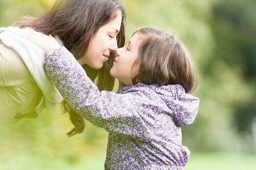 Χαρακτηριστικά των δυναμικών γυναικών - Μαμά και κόρη