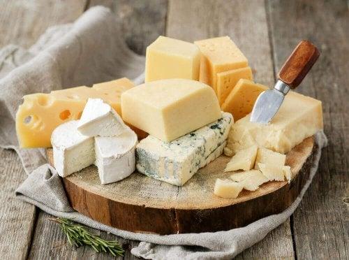 Γνωρίστε τις πιο υγιεινές ποικιλίες τυριών