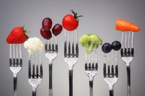 βάρος, γεύματα--6 συμβουλές για να αποφύγετε την αύξηση βάρους μεγαλώνοντας.