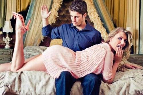 Τι είναι οι ερωτικές ξυλιές; Μάθετε περισσότερα εδώ!