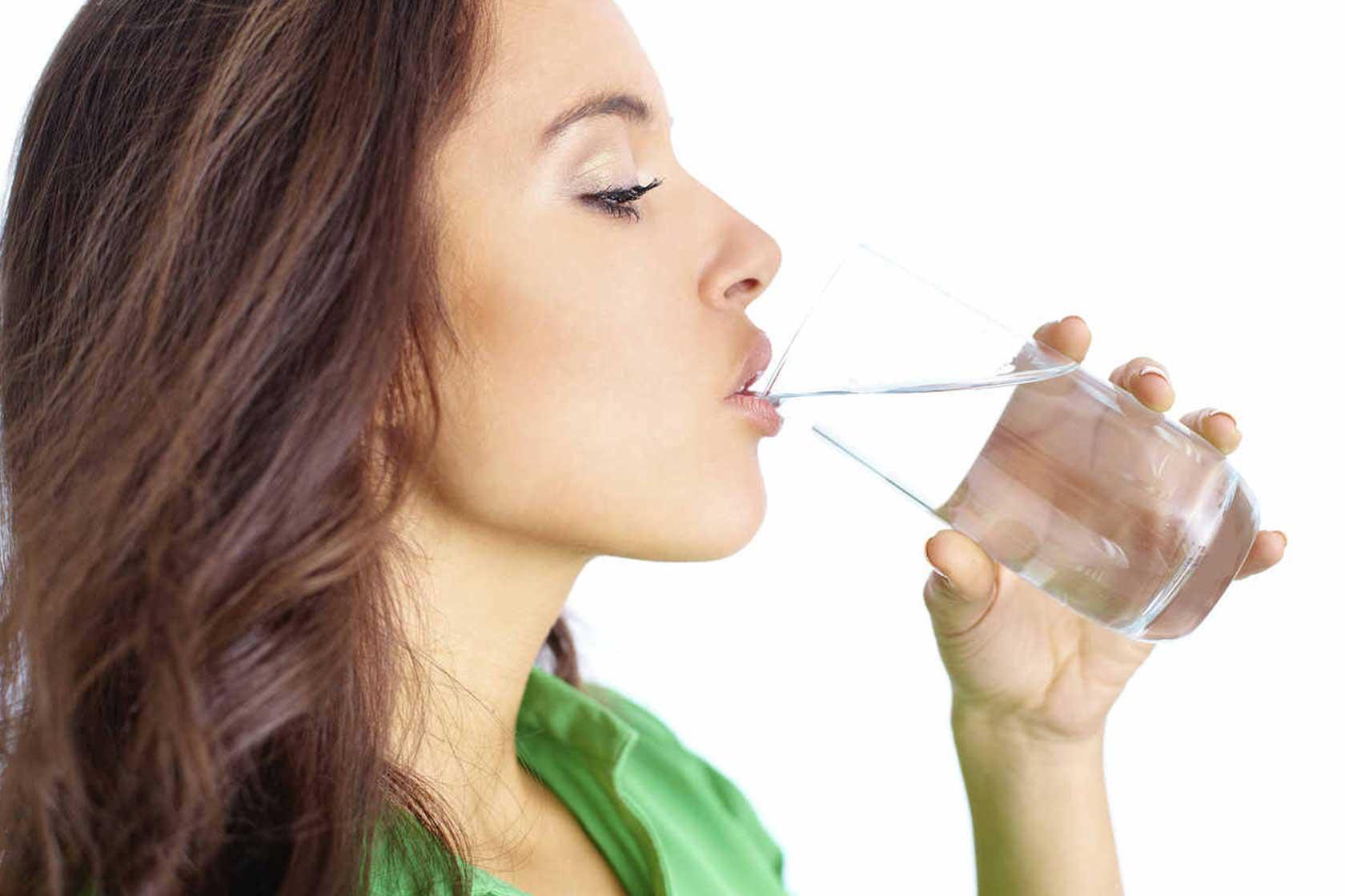 Τροφές που ενισχύουν το ανοσοποιητικό σύστημα - νερο