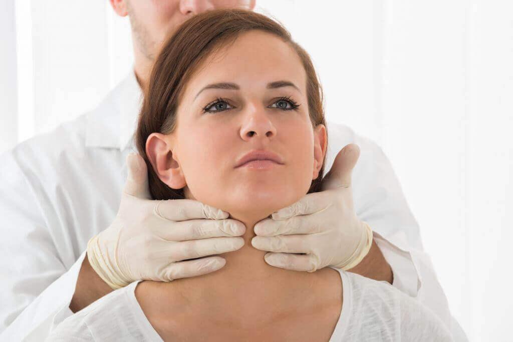 συμπτώματα που φανερώνουν πως πάσχετε από υποθυρεοειδισμό