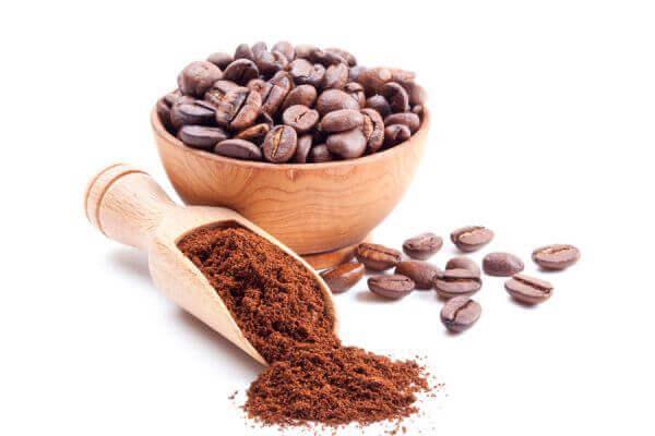 Δυσάρεστες οσμές - Κόκκοι καφέ και καφές αλεσμένος