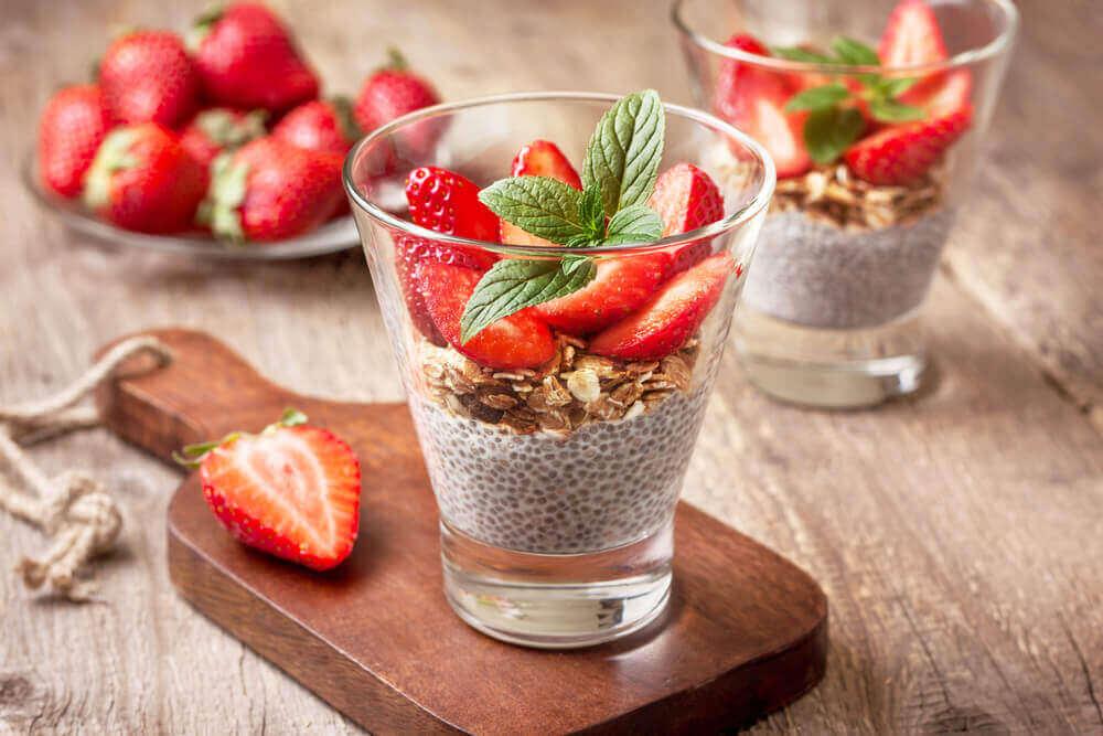 μους με τσια και φράουλα- επιδόρπια για διαβητικούς