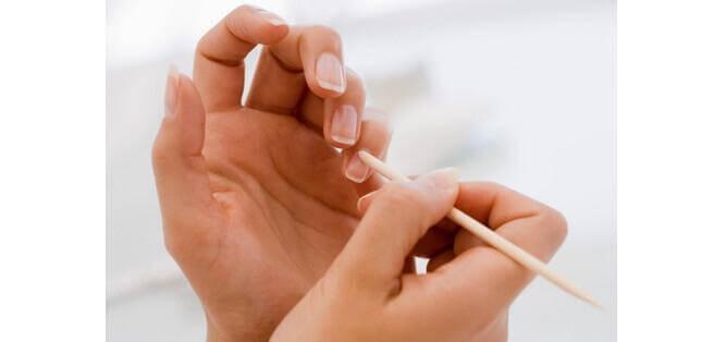 μανικιούρ σε δάχτυλα - χρησιμοποιήσετε το έλαιο καρύδας